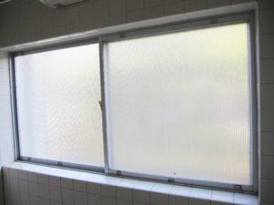 浴室窓 リフォーム