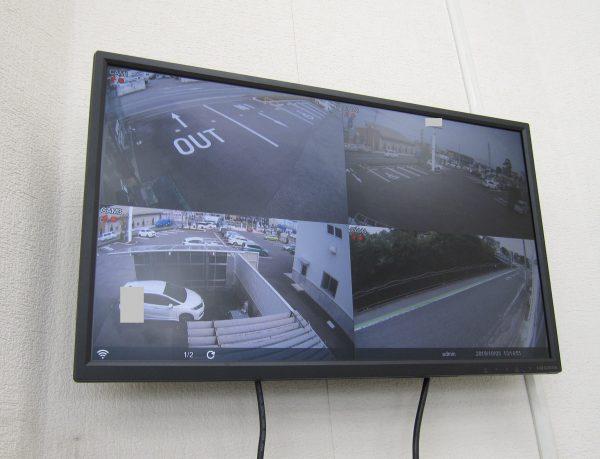 更新後の24インチ壁掛けモニターのライブ監視映像