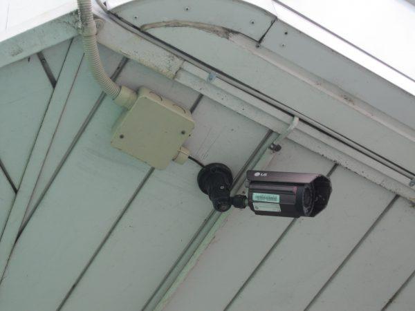 更新前:他社設置のLGエレクトロニクスの監視カメラ