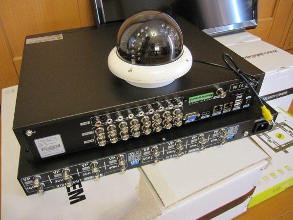 事務所内でも威圧感・違和感の少ないドーム型監視カメラシステム