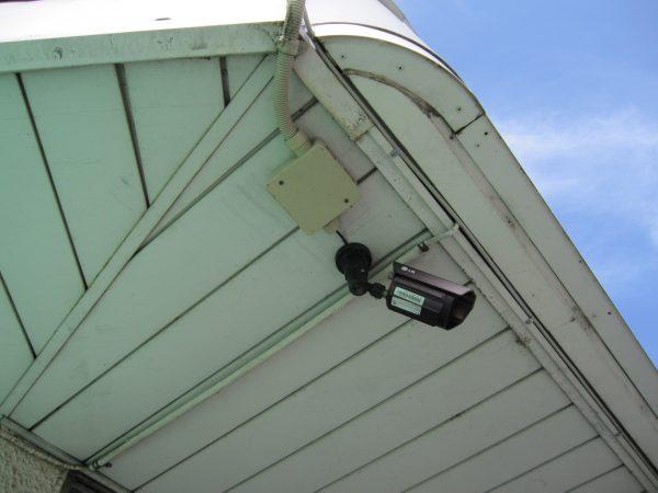 交換前の既存の防犯カメラ