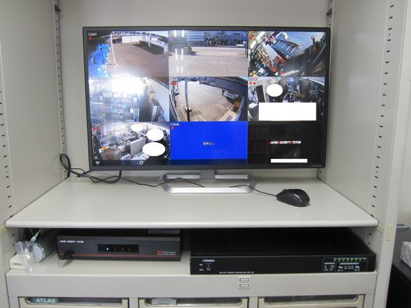 監視カメラ・デジタルレコーダー・電源システム・モニター:設置・設定完了