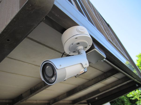 4G・LTE通信内蔵ネットワークカメラ「IPC-16LTE」ソリッドカメラ本体設置