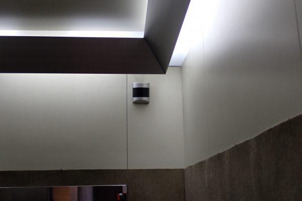 防犯優良マンション:エレベーターかご内防犯カメラ