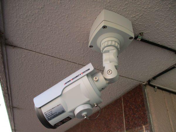 邸宅・ガレージの防犯対策:防犯カメラシステム設置