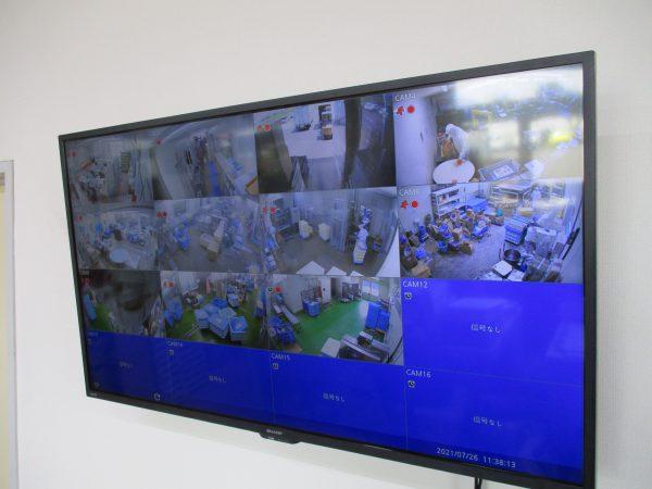 食品工場「食の安全」「生産管理」FHD大型モニター設置